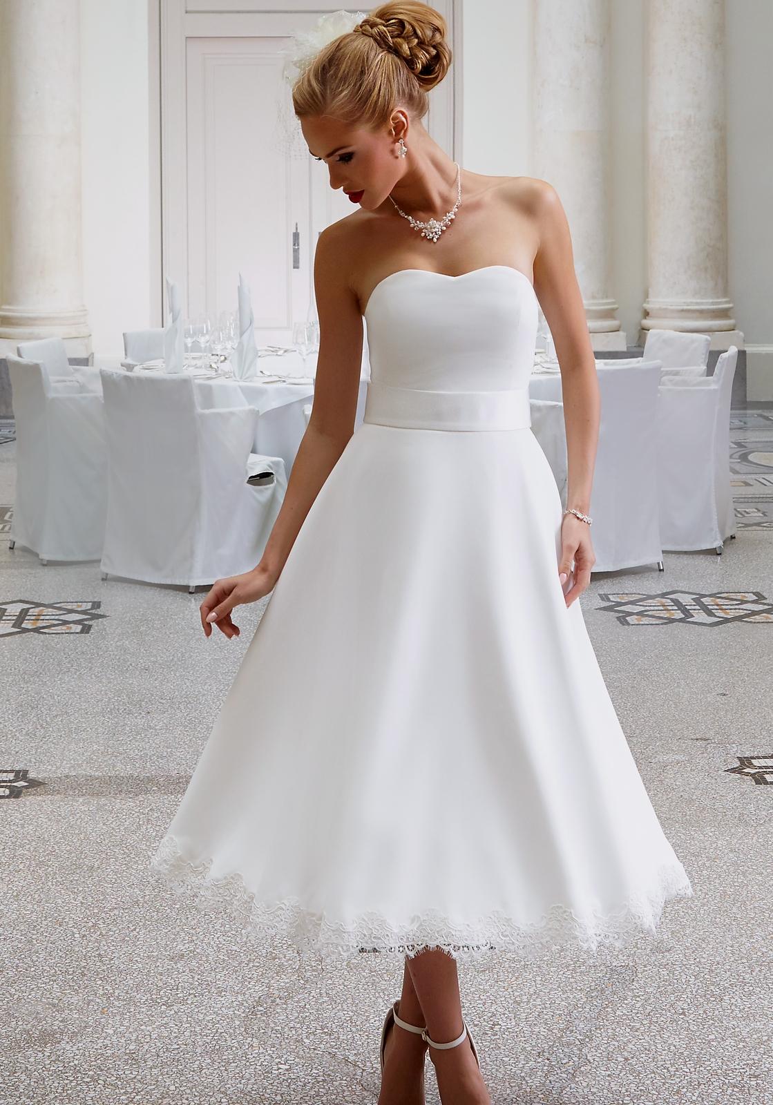 Hochzeitskleid Priska - Menü: Kurze Brautkleider